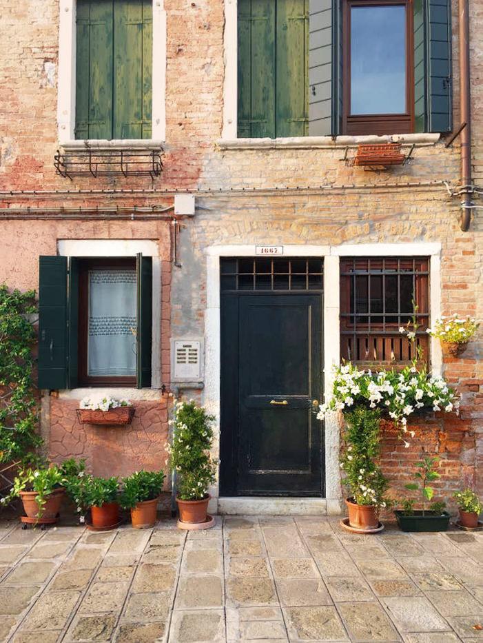 Cozy San Basilio With Garden View Venice 02